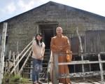 来自台湾释会深法师与陈嘉玉师姐参观木中临近长屋RH MURAT